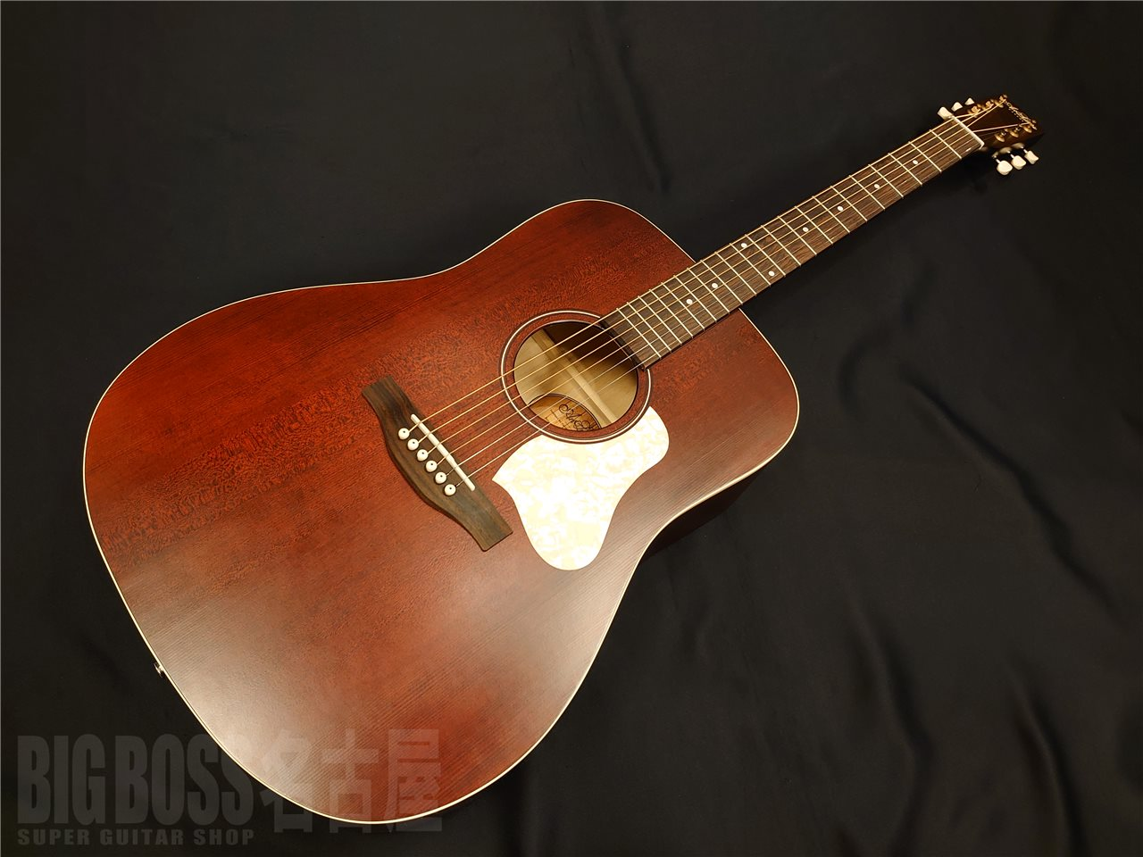 Art&Lutherie(アートアンドルシアー)Americana DREADNOUGHT Q1T(Tennessee Red) 名古屋店